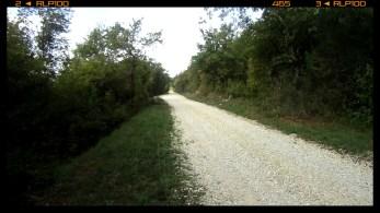 der Schotter beginnt bergab / the gravel starts downhill