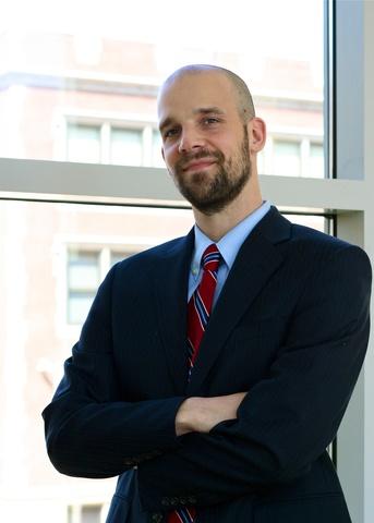Lawyer Gregory Holly  Minnesota Attorney  Avvocom