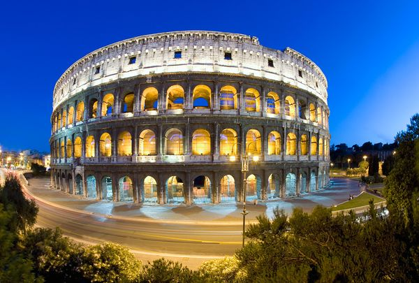 new-old-7-wonders-colosseum-rome-italy_18304_600x450