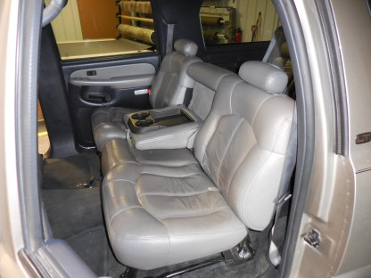 2000 - 2002 Chevy Tahoe Middle Row 60/40 Seat Covers