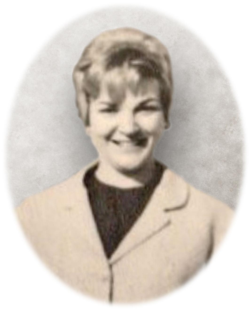 Katherine Marie Pose