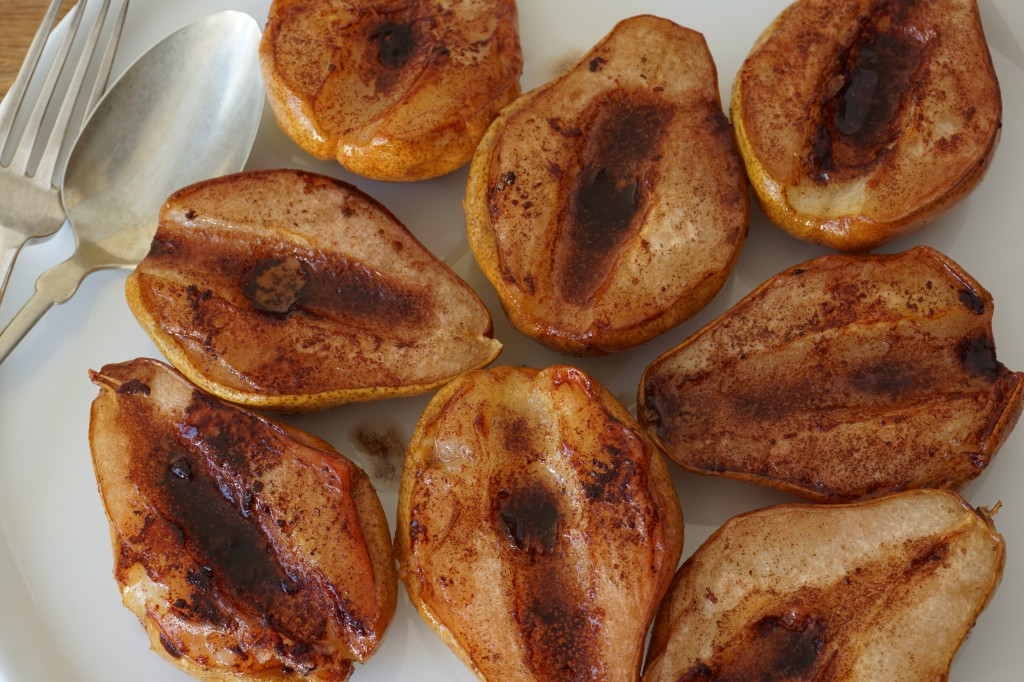 roasted cinnamon pears for AIP oatmeal - Healing Family Eats