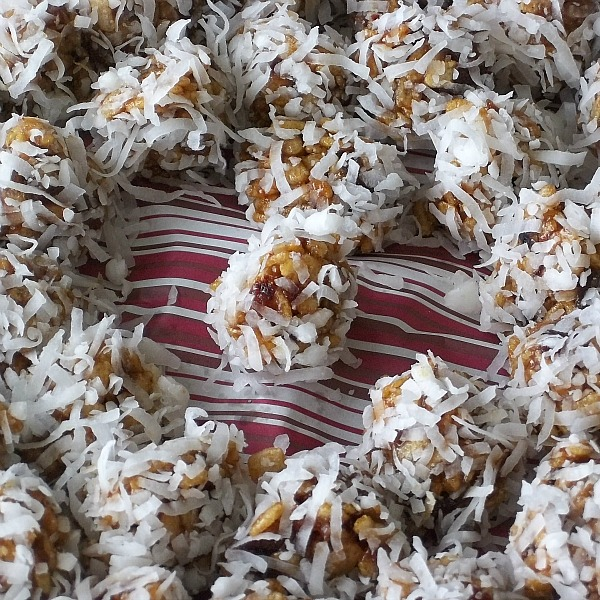 Coconut Date Cookies
