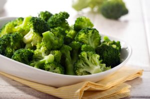 Broccoli cooked in a pressure cooker retains 90% of its vitamin C!