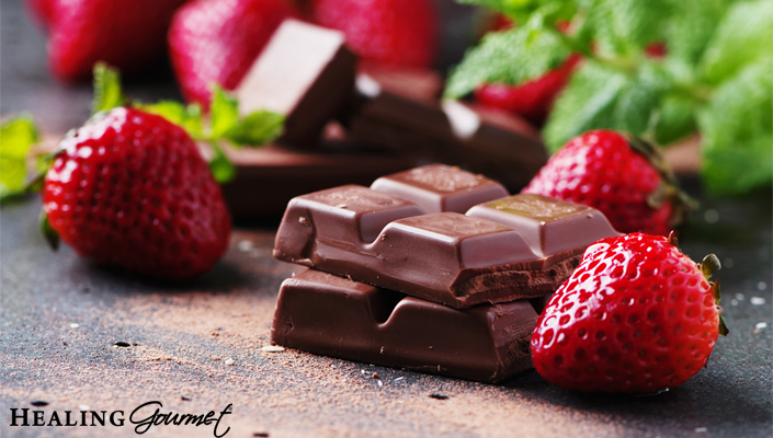 Looking for the best Paleo chocolate bars? Check out these 13 healthy and delicious options for Valentine's day... or any day the craving strikes!
