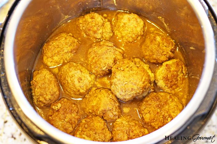 Cooked teriyaki meatballs