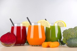 glass-juice-destroys-disease