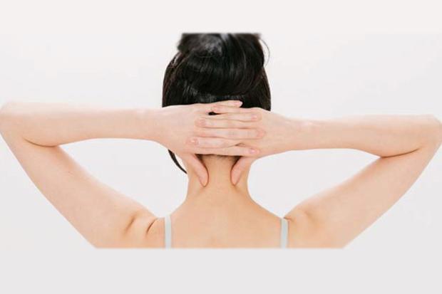 怎樣算是「異常掉髮」?醫師教你搞懂掉髮原因、及早辨識掉髮警訊│健康報到│