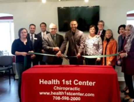 Chiropractor in Palos heights | 708-598-2000 | IL | Health 1st Center Clinic | Palos Heights Mayor ribbon cutting Ceremony