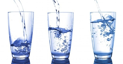 does-drinking-water-help-you-lose-weight