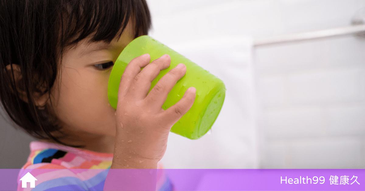 Read more about the article 【育兒知識】小朋友什麼時候可以使用漱口水呢?孩子口腔保健你要知道這些!