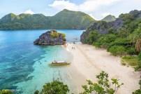 3-Matukad-Island-Caramoan-Ben-Flores-600x400