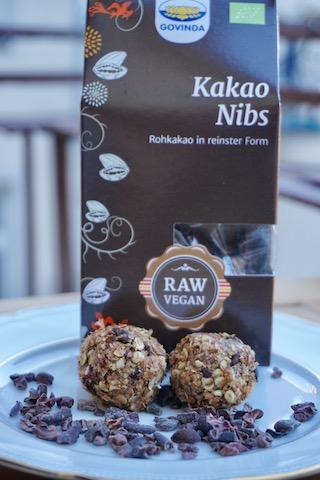 Kakaonibs sind gebrochene, rohe Kakaobohnen – supergesund und superlecker!