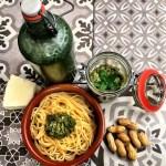 Minze-Rezept: Minz-Pesto mit leichter Schärfe von healthandthecity.de