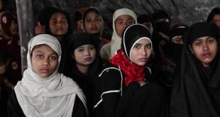 এইডস ঝুঁকিতে কক্সবাজার – সস্তায় রোহিঙ্গাদের সেক্স করছে যুবকরা