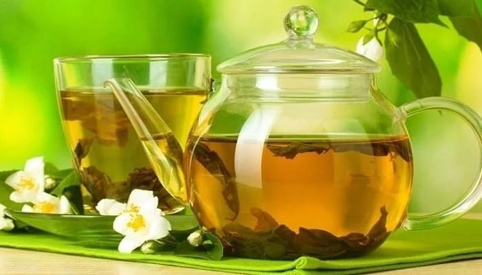15 health benefits of drinking green tea with honey