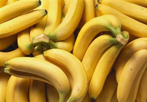香蕉早上吃好,還是晚上吃好?養生專家:教你吃香蕉的正確時間,很多人吃錯了 - 健康一點靈