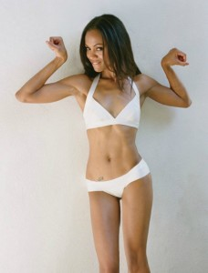 Zoe-Saldana-Swimsuit-Pictures