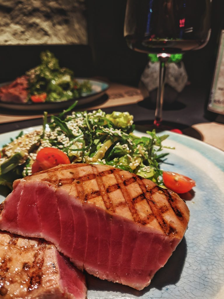 South Beach Diet vs Keto, South Beach Diet vs Keto: Differences, Pros, and Cons