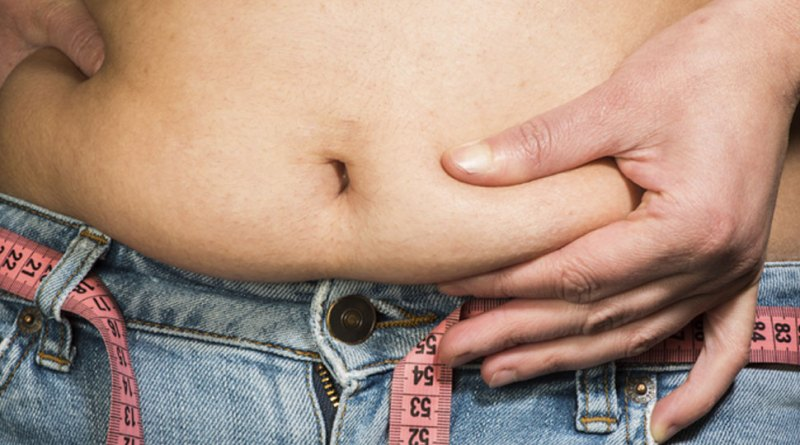 वजन बढ़ने पर भी महसूस हो रही है कमजोरी, तो समझ लीजिए आपको घेरे है ये बीमारी