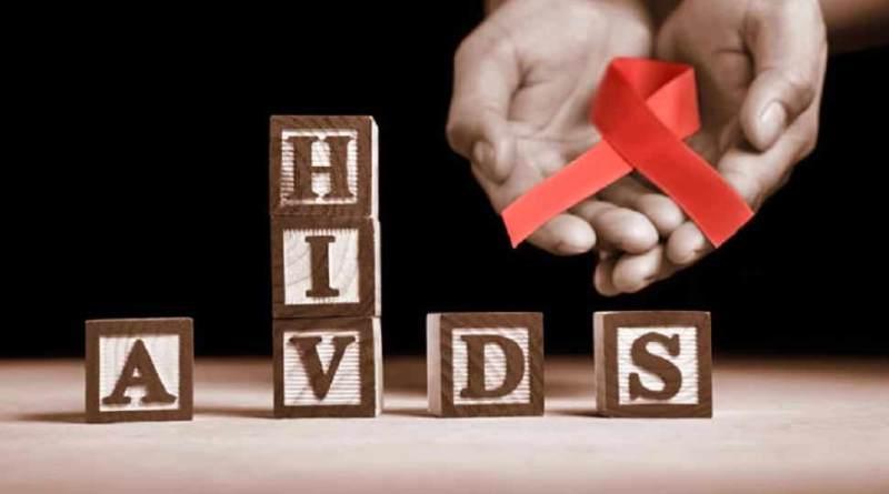 भारत में एचआईवी ग्रस्त 21.4 लाख लोगों में 40 प्रतिशत महिलाएं