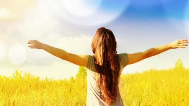 नियमित धूप लेने से स्वस्थ्य रहेंगे आप, जानें इसके अनेक फायदे
