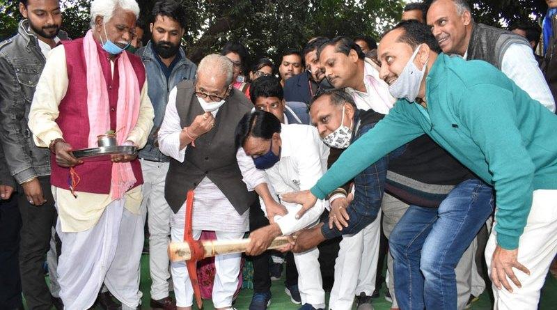 विकास के कार्यों में कोई कमी नहीं आने दी जाएगी: मंत्री श्री देवड़ा