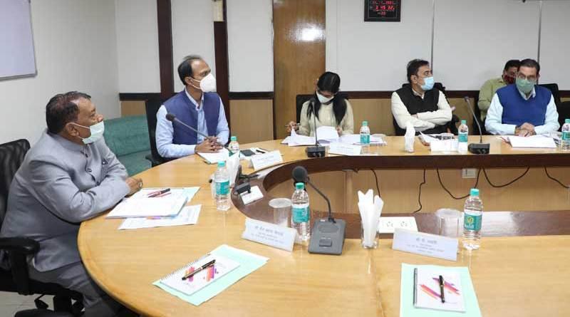 खाद्य मंत्री श्री सिंह की अध्यक्षता में म.प्र. वेयर हाऊसिंग लॉजिस्टिक कार्पोरेशन की कार्यकारिणी की समीक्षा बैठक संपन्न