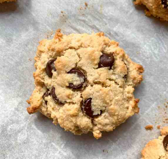healthy soft chocolate chip cookies