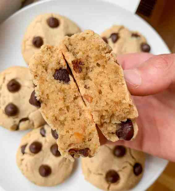 healthy soft peanut butter chocolate chip cookies