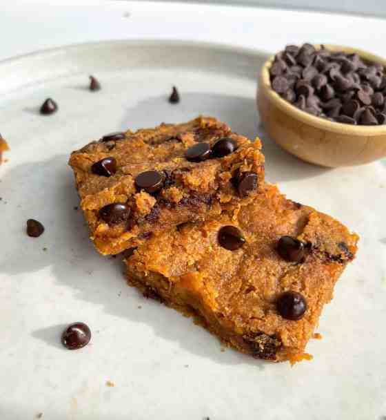 Best Ever Gooey Peanut Butter Sweet Potato Blondies - recipe by Healthful Blondie
