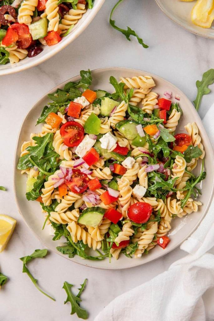 simple and healthy Greek pasta salad