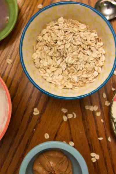 Peanut Butter Coconut Overnight Oats. Amazing and easy to make with only 5 ingredients!