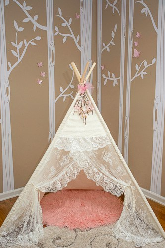 This pretty pink and taupe room is perfect for any little girl. A little shabby chic and a little frilly princess, it combines the best of both.