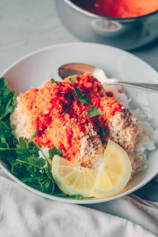 Indian-inspired Crispy Baked Cauliflower with Roasted Red Pepper Sauce