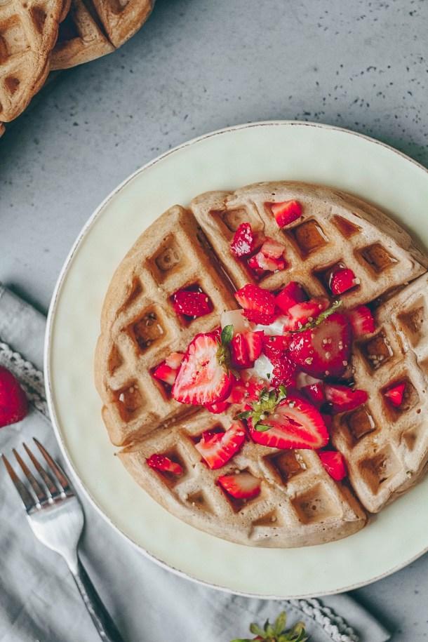 Easy Vegan Crispy Waffles