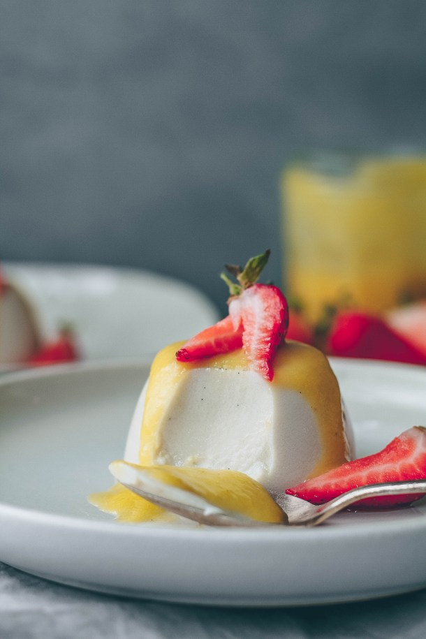 Vegan Coconut Panacotta with Pineapple Mango Sauce