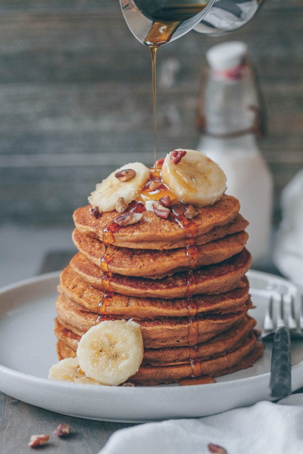 Freezer-friendly Healthy Pumpkin Spice Pancakes