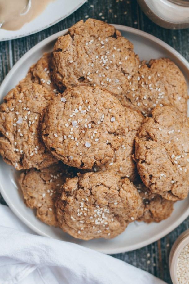 vegan sesame tahini cookies