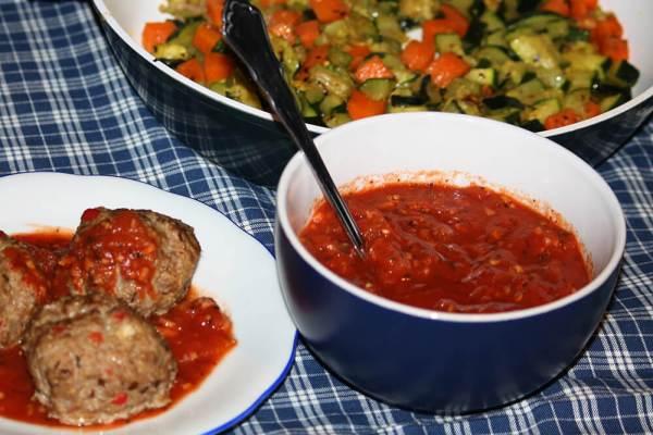 Tomaten Knoblauch Soße