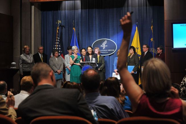 Dr, _Margaret_Hamburg, _FDA_Commissioner, _delievers_remarks_at_the_HHS_2014_Budget_Press_Conference, _April_10, _2013_ (Pic_4)
