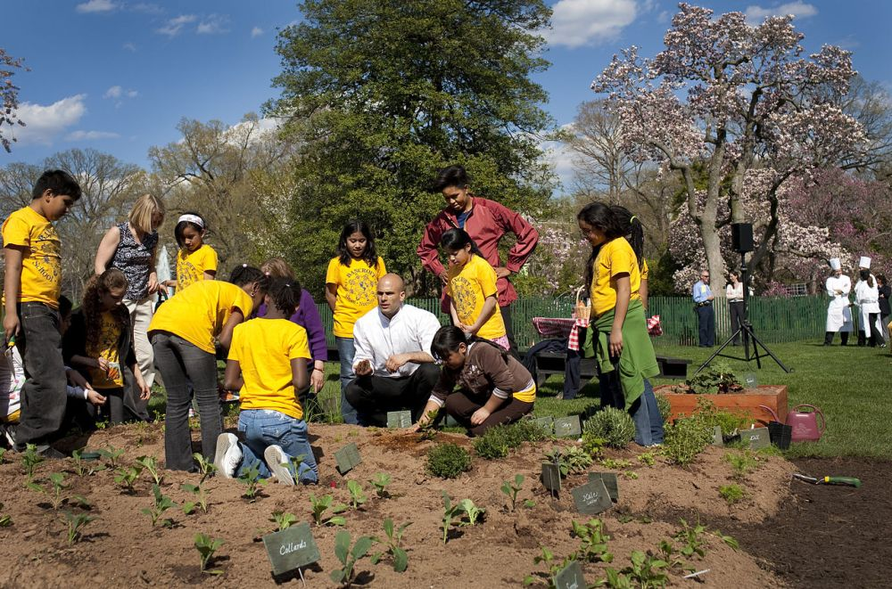 medium resolution of michelle obama sam kass show bancroft students how to plant a garden 4 9 09