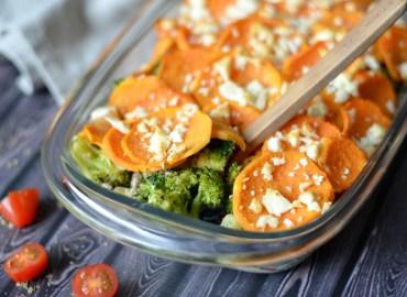 Broccoli ovenschotel met feta en zoete aardappel
