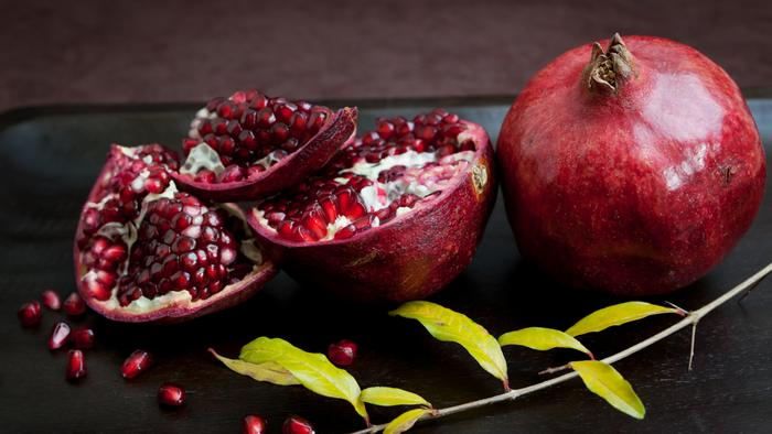 foods for weight loss-pomegranate