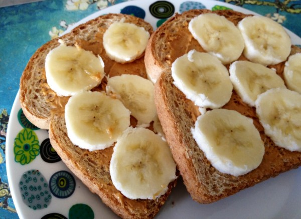 toast with banana and almond butter