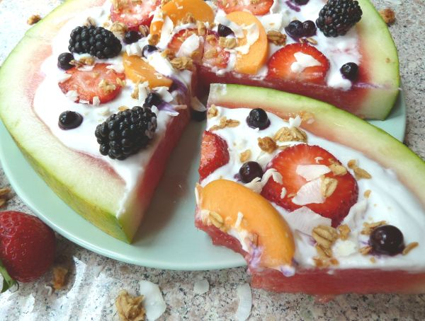 "Watermelon Dessert ""Pizza"""
