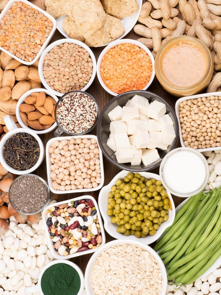 These are the top sources of protein on a plant-based diet to ensure you're eating a balanced diet. Eat a variety of these daily to get all 9 essential amino acids to build and maintain muscles on a vegan diet. #plantbasedprotein #veganprotein #highproteinveganfood #veganproteinsources #howtogetproteinonavegandiet