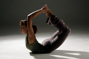 bow pose yoga for belly fat