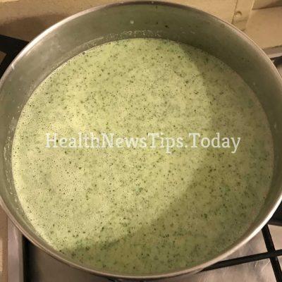 Mediterranean Broccoli and Leek With Yogurt Soup