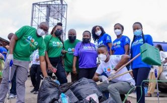 Nestlé volunteers join call for a cleaner planet